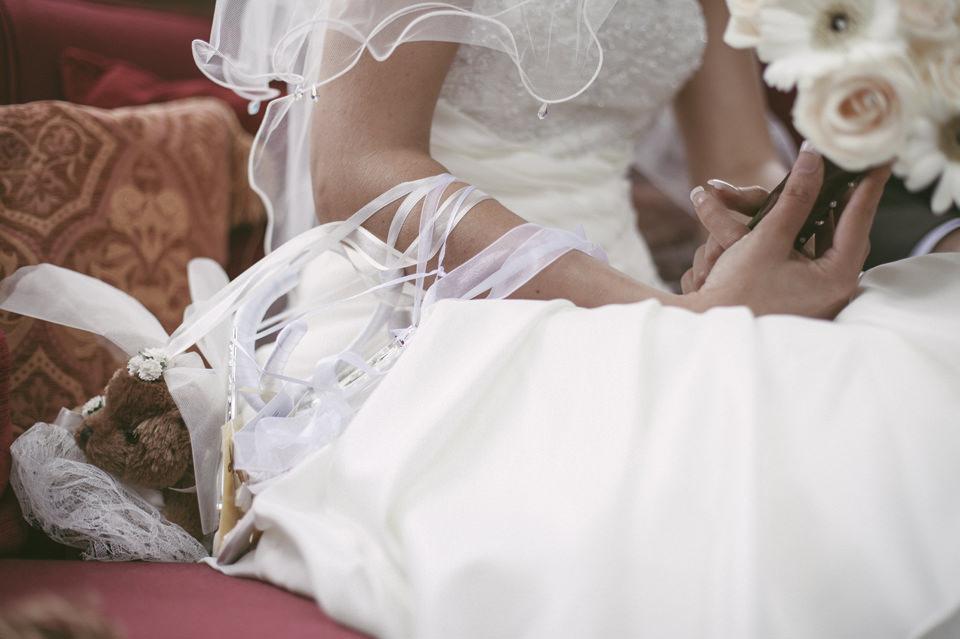Nicola scott uk wedding photographs (61)
