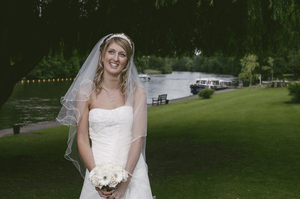 Nicola scott uk wedding photographs (69)