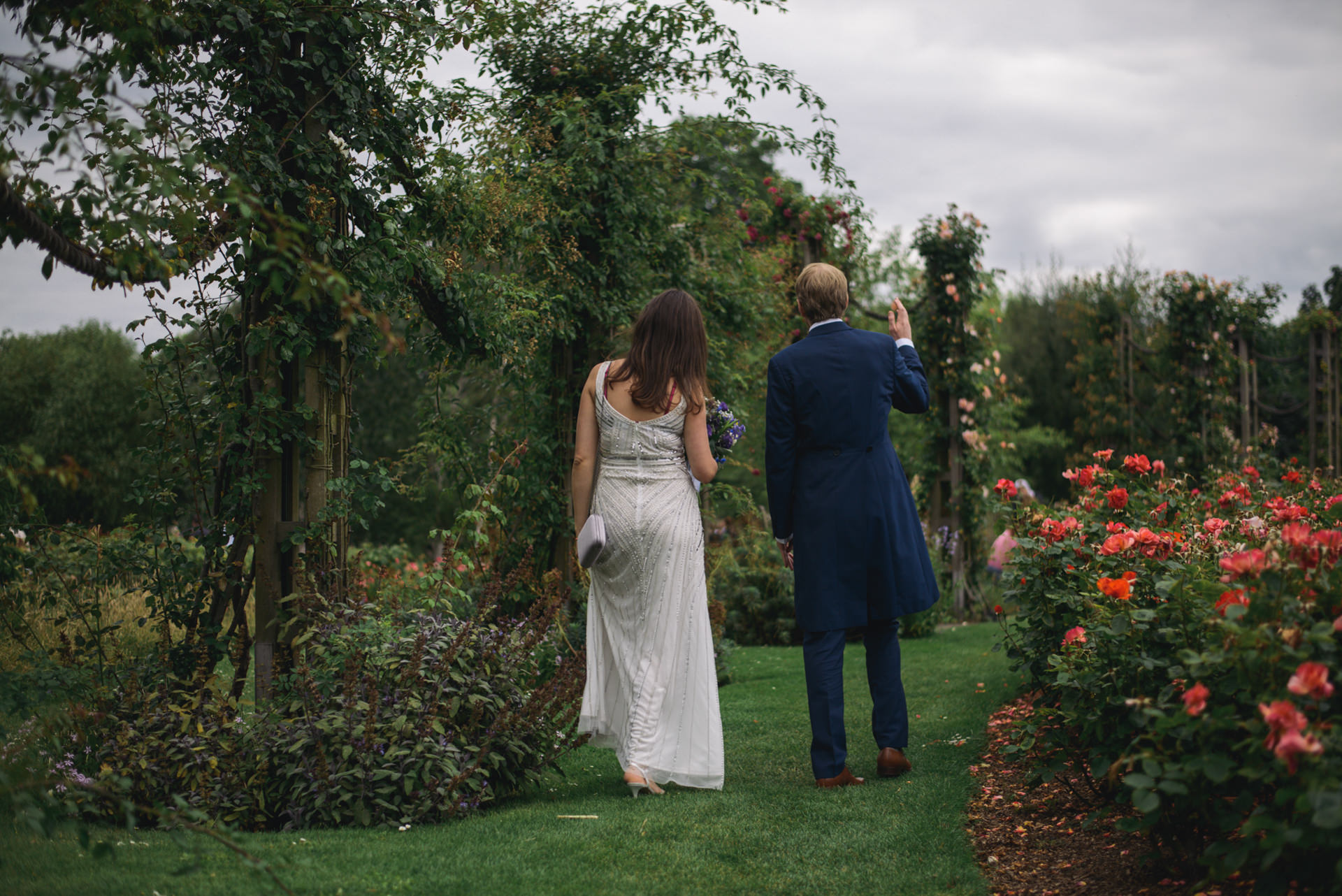 Regents park London wedding couple portraits